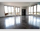 Продава Четиристаен апартамент